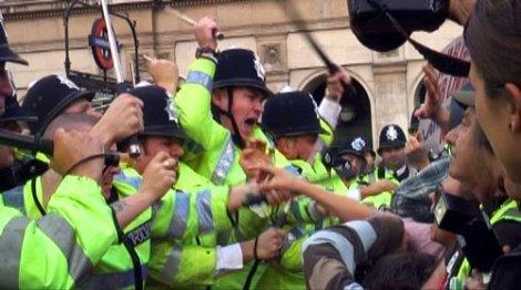 >Agent Provocatuer? Covert Police Inside London Bush Demo