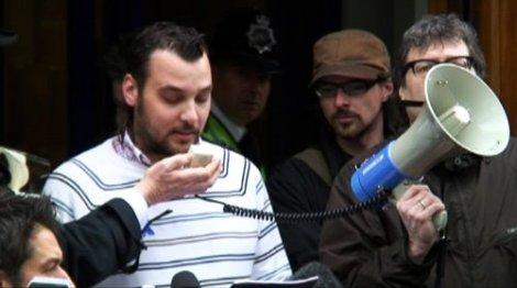 >Film: Ian Tomlinson Memorial March