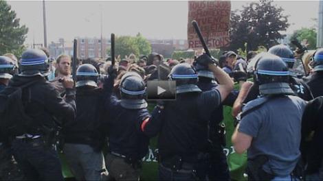 Calais No Borders Protest